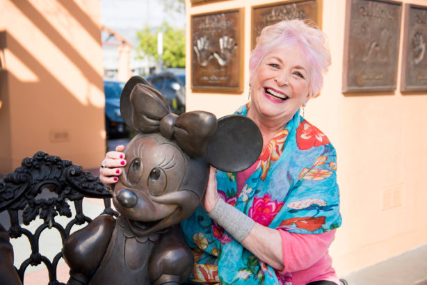 Russi Taylor con Minnie Mouse